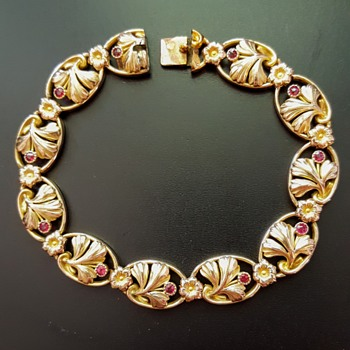 Antique Art Nouveau FIX bracelet gingko leaves, ruby pastes. - Fine Jewelry