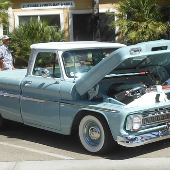 1:1  Version 1965 Chevrolet Truck Murrieta Rod Run - Classic Cars