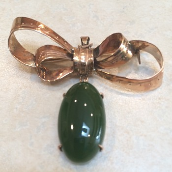 Vintage Gold And Jade Brooch/Pendant - Fine Jewelry