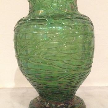 Kralik threaded bud vase with dimples - Art Glass