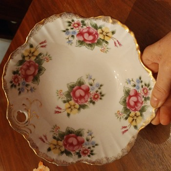 My thrift shop find. - China and Dinnerware