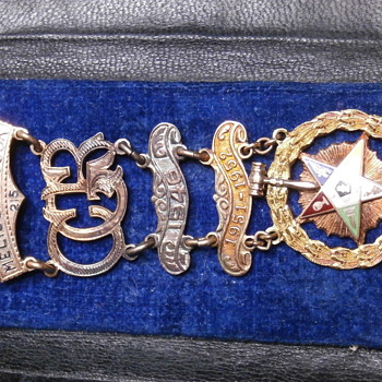 OES order of the eastern star - Any info ? - Medals Pins and Badges
