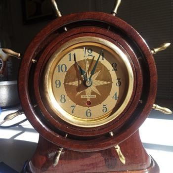 Seth Thomas antique clock.  - Clocks