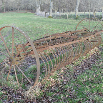Old farm equipment, a trailing hay rake from Blackstone & Co - Tools and Hardware