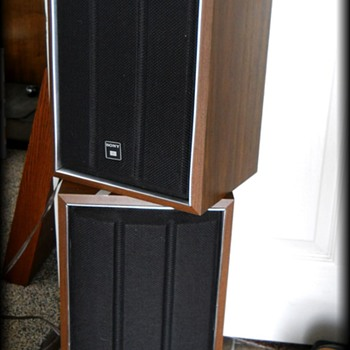 1970's Vintage SONY SPEAKERS ( Wall ) Pair  - Electronics
