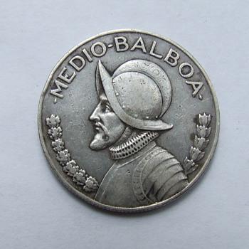 Silver Panama 1934 Medio-Balboa Coin - World Coins