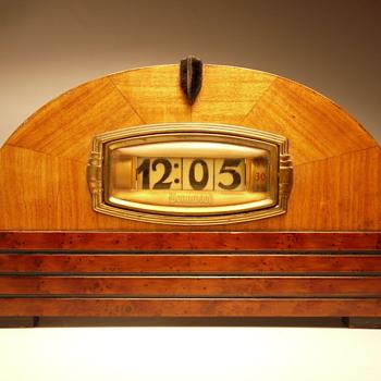 "Pennwood Model #1364 ""Mercury"" - Clocks"
