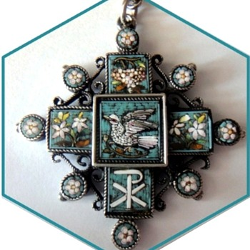 Antique Roman Micro Mosaic cross pendant set in silver, 19th century - Fine Jewelry