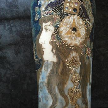 Aurora by Amphora