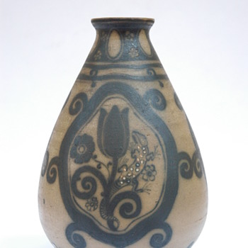 italian art nouveau pottery vase by GALILEO CHINI - Art Nouveau