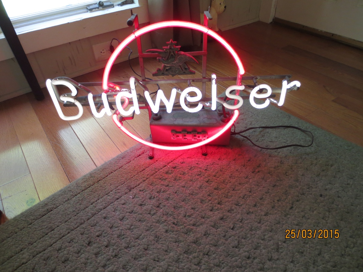 Vintage Budweiser Neon Sign   Collectors Weekly