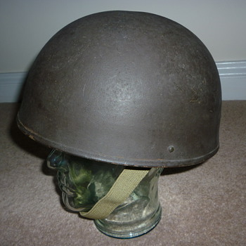 WW11 British tank crew steel helmet. 1945.