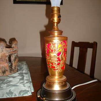 Musical light up lamp