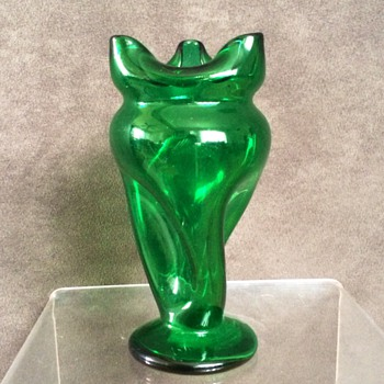 Kralik Carl Hosch Green Twist Pinched Footed Vase - Art Glass