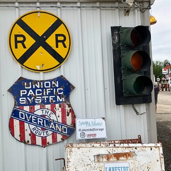 RR stuff at Lakeside Museum - Railroadiana