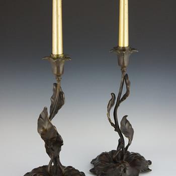 French Art Nouveau Floriform & Foliate Bronze Candlesticks - Art Nouveau