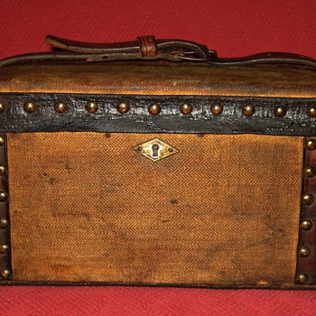 Early 19th Century Apothecary Doctor's Case - Furniture