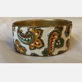 Paisley bracelet - Costume Jewelry