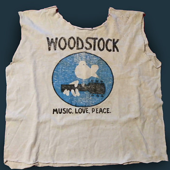 Original Concert Bought Woodstock 1969 Promotional T-Shirt - Mens Clothing