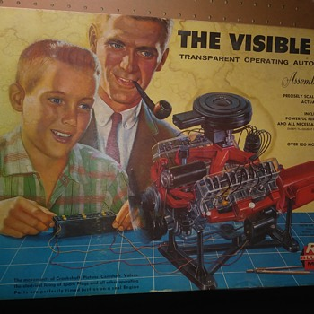 VISIBLE V-8 ENGINE MODEL KIT - Toys