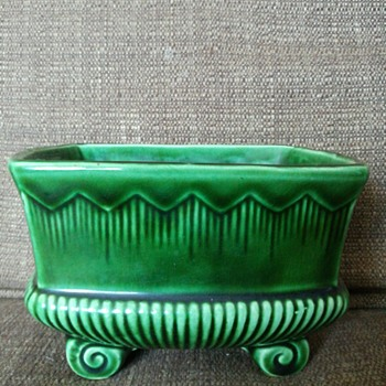 Green ceramic planter? - Pottery