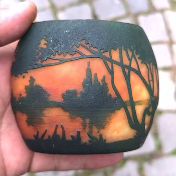 Daum Nancy cameo landscape vase cjrca 1910? - Art Glass