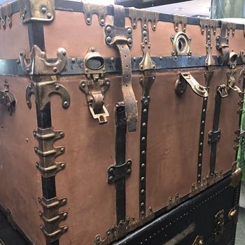 INFO HELP!?? Corbin Cabinet Lock Co steamer trunk, date unknown - Furniture