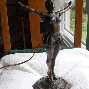 My copper women  - Art Deco