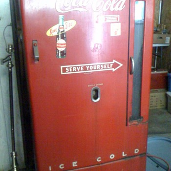 Vintage Coca Cola/Dr. Pepper Machine - Coca-Cola