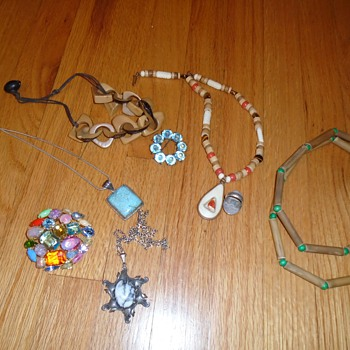 HELP! Jewelry & Native American experts.. Please please lookie! - Fine Jewelry
