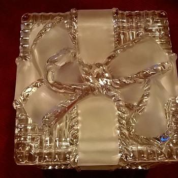 Retro Lead Crystal Gift Design Trinket Box Thrift Shop Find 1,50 Euro ($1.60) - Art Glass