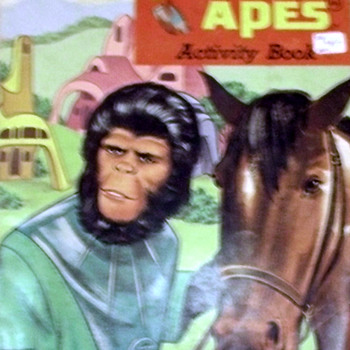 Planet of the apes coloring books and record books - Books
