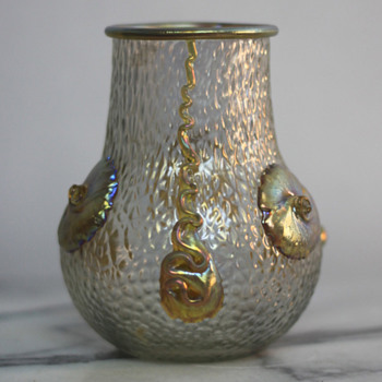 Loetz 'Nautilus' Vase, c. 1903 - Art Glass