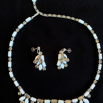Signed Sherman Opaque White - Costume Jewelry