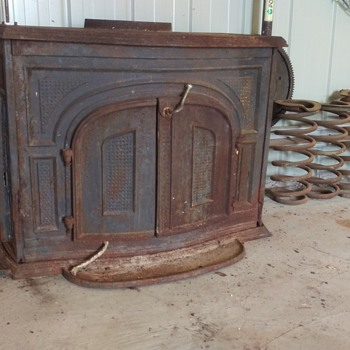 Love the look of this and I am about to restore it. - Kitchen