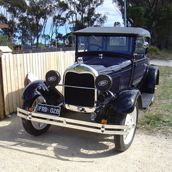 A Ford - Classic Cars