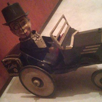 "1930's ""Marx"" Charlie McCarthy in his Benzine Buggy !  - Toys"