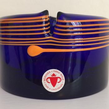 Beranek Kolbabek trailed scissored glass bowl ca. 2000 - Art Glass