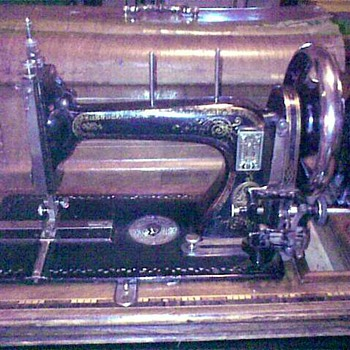 Old Schutz-Marke trademark Durkopp? sewing machine