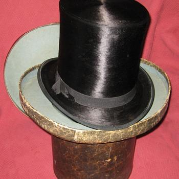 Mid-1800's Hunt & Dusenbury Silk Top Hat - Hats