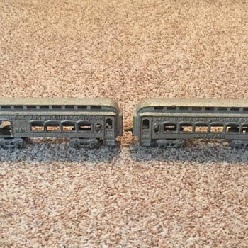Vintage cast iron toy train - Model Trains