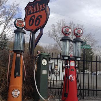 Butler 131 for Christmas - Petroliana