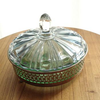 Candy dish/ Vaseline? - Glassware
