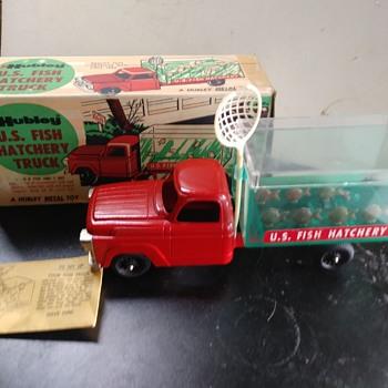 Fish Hatchery Truck - Model Cars