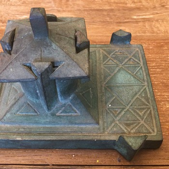 Unknown inkwell: who solves this mystery? - Pens
