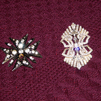 Can you help with these pieces? - Costume Jewelry