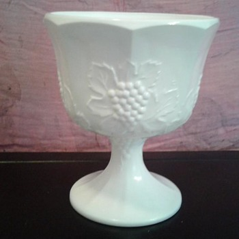 Milk white bowl with pedestal, grape pattern
