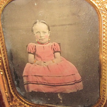 Early 1/6th plate ambrotype of young child. - Photographs