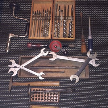Antique tools 1890-1930 - Tools and Hardware