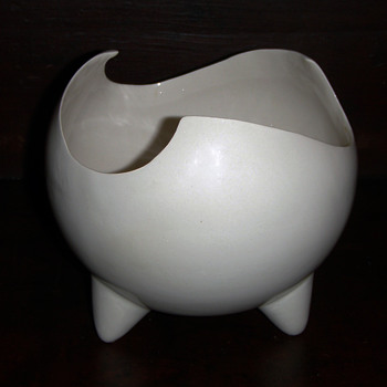 Mid century Modern/Eames era  art pottery bowl - Pottery